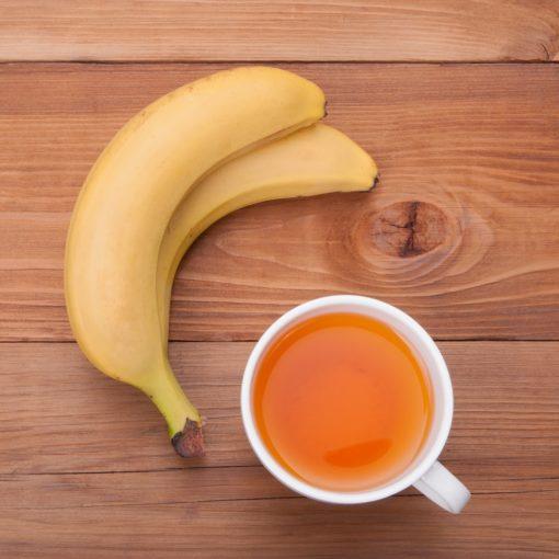 Comment préparer de la tisane à la banane ? (+ bienfaits sur la santé)