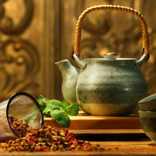 4 bienfaits du thé de Ceylan (+ comment le préparer)