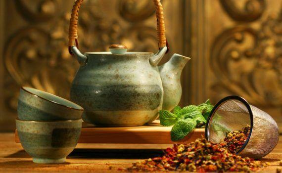 Les accessoires indispensables pour préparer du thé en vrac