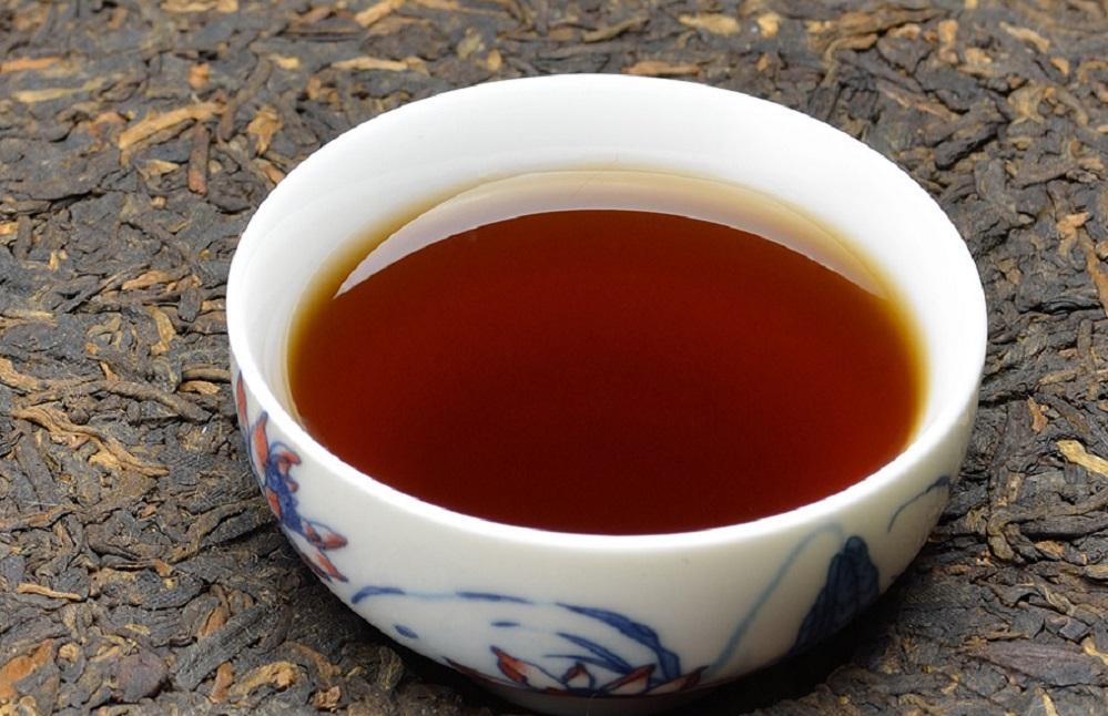 Quels sont les bienfaits du thé pu-erh ? (+ comment le préparer)