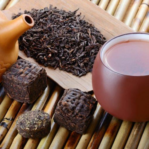 Qu'est-ce que le thé pu-erh ? (+ comment le préparer)